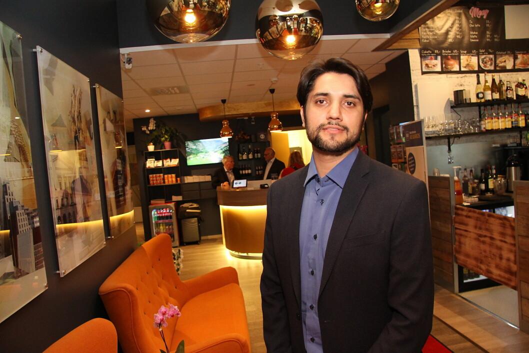 Imran Amin er hotelldirektør for Oslo første Best Western Plus-hotell. (Foto: Morten Holt)
