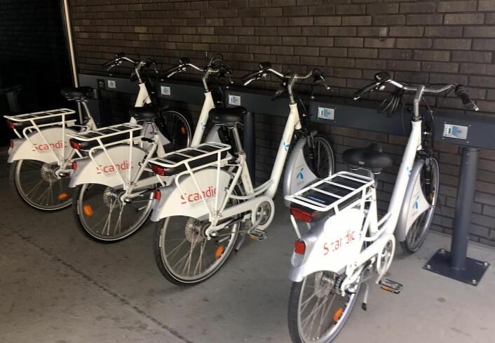 Scandic Fornebu tilbyr el-sykler til sine gjester. (Foto: Scandic Fornebu)