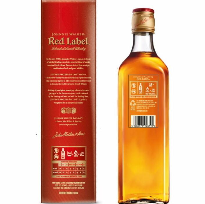 Først ut på Vinmonopolet med den nye merkingen er Johnnie Walker Red Label. (Foto: Diageo)