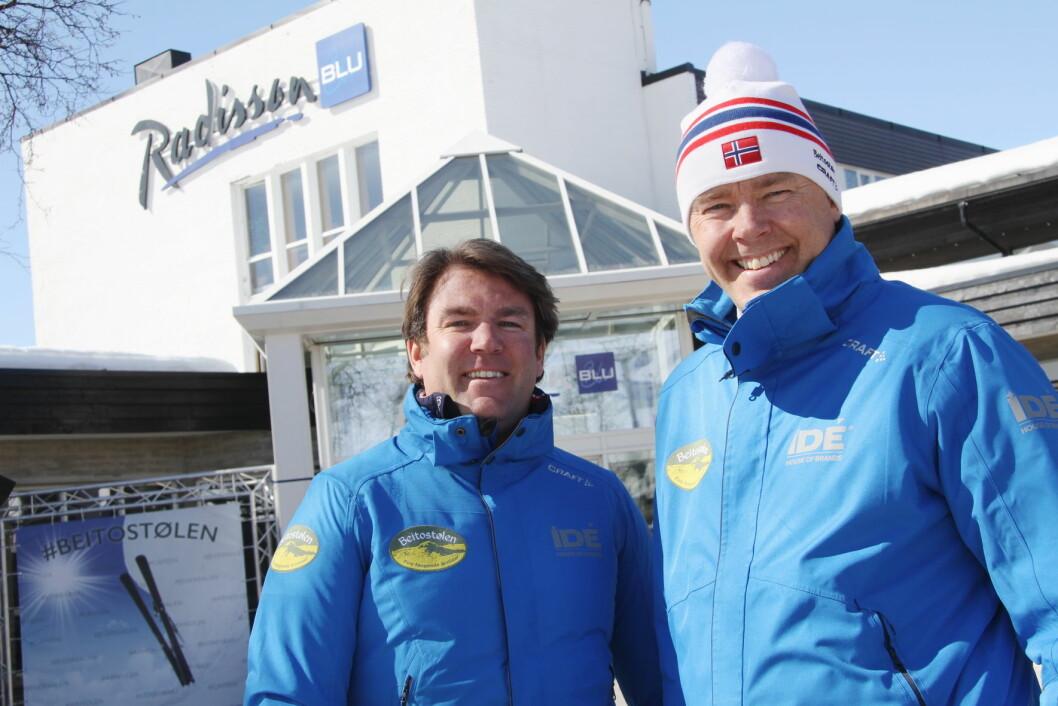 Bjørnar (til venstre) og Atle Hovi kan smile bredt - Beitostølen bare øker sammenlignet med mange andre fjelldestinasjoner. (Foto: Morten Holt)