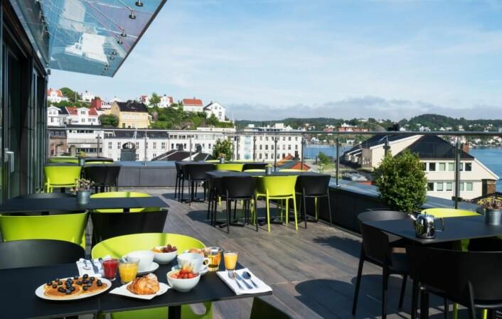 Frokost med utsikt hos fylkesvinner i Aust-Agder, Thon Hotel Arendal. (Foto: Thon Hotels)