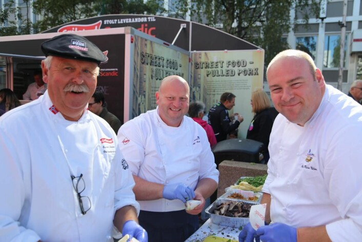 Mange kokker bidro til grillfesten i Tromsø. Her er Grilstad og Haugen -Gruppen representert. (Foto: Scandic Hotels)