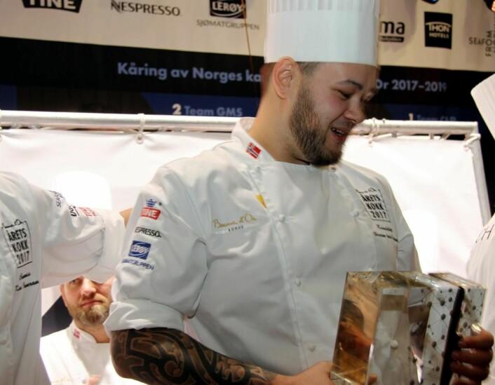 Det var en tydelig rørt Christian A. Pettersen som vant Årets kokk. Knallhard jobbing gjennom mange år har gitt resultater. Nå blir han Bocuse d'Or-kokk. (Foto: Morten Holt)