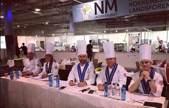 Smaksdommerne i NM i kokkekunst 2017. Fra venstre Christopher W. Davidsen, Kristine Øvrebø, Haflidi Halldorson, Jørn Lie og Christer Rødseth. (Foto: Jørn Lies FB-side)