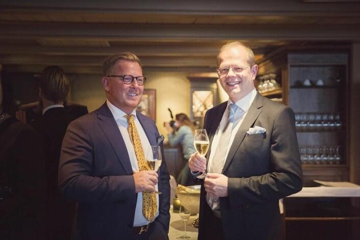 To fornøyde hotelldirektører, til venstre sølvvinner Erik Taraldsen (Thon Hotel Lofoten) og Kjetil Vassdal (Scandic Nidelven). (Foto: Ihne Pedersen/Haugen-Gruppen)