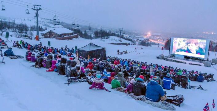 DestinasjonsKirurgene har sørget for spektakulære opplevelser i alpinbakken på Beitostølen. (Foto: DestinasjonsKirurgene)