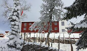 Jubler over snøen