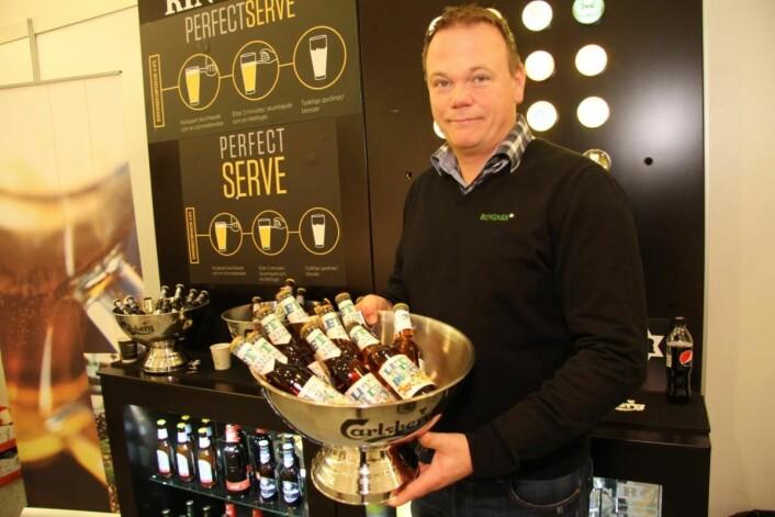 Den lette julebrusen uten sukker fra Hamar/Lillehammer Bryggeri har blitt en suksess. I år lanseres den også på 1,5 liter, forteller Thomas Nervik Gundersen hos Ringnes AS. (Foto: Morten Holt)