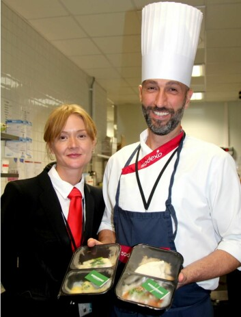 Assisterende «Site Manager» for Sodexo hos DNB Erica Engström med soussjef Fabio Fabietti. (Foto: Sodexo)