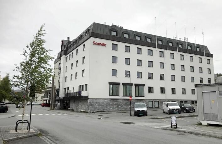 Scandic Fauske Hotell er tilnærmet fullbelagt i sommersesongen, og det er behov for et nytt hotell, mener Stig Otto Nilsen i Stadsalg. (Foto: Morten Holt)