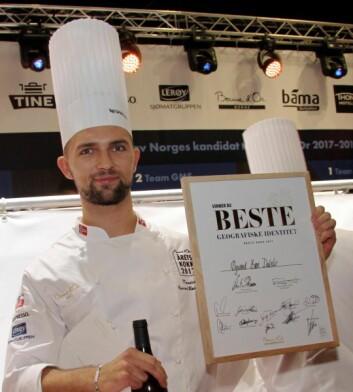 Øyvind Bøe Dalelv vant prisen for både «Beste geografiske identitet» og «Årets Ganefryd» under Årets kokk i september 2017. (Foto: Morten Holt)