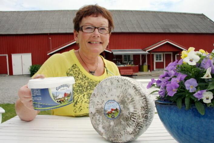 Tingvollost og Gangstad Gårdsysteri med Astrid Aasen i spissen (bildet) er de to norske produsentene med flest oster i World Cheese Awards 2017. Begge deltar med åtte forskjellige oster. (Foto: Morten Holt)