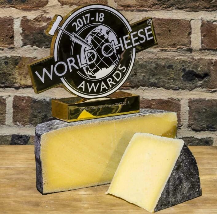 Cornish Kern ble kåret til verdens beste ost under «World Cheese Awards» 2017 i London. (Foto: Arrangøren)