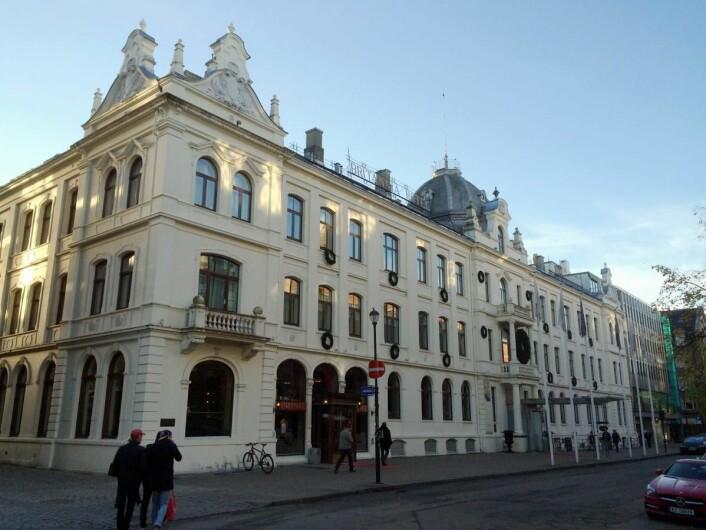 Britannia Hotel gjennomgår nå en totalrenovering. (Foto: Morten Holt)