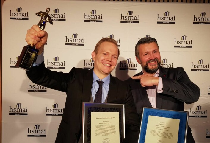 Kjøkkensjef ved Scandic Nidelven, Sigve Eliassen og administrerende direktør for Scandic Norge, Svein Arild Steen-Mevold. (Foto: Camilla Bergan/HSMAI)