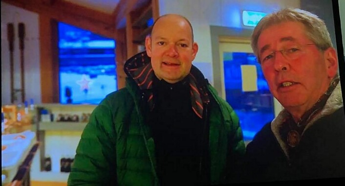 Morten Schakenda ble tildelt «Årets hederspris».under Det Norske Måltid av Arne Brimi. (Foto: Frode Kristensen)