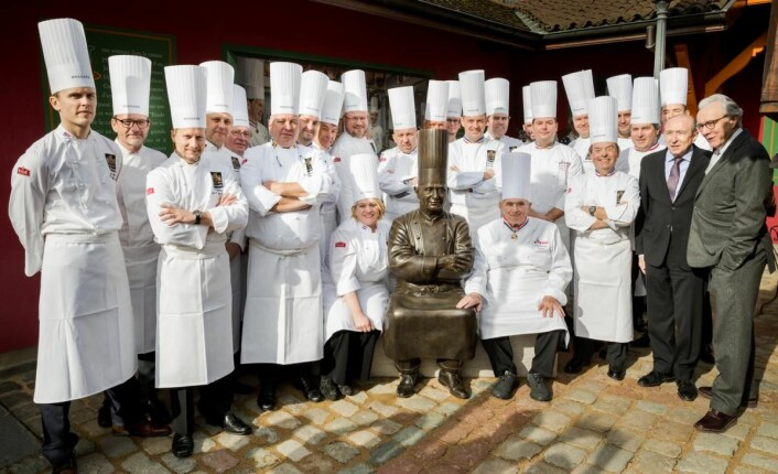 Flere av de norske Bocuse-kokkene markerte 90-årsdagen tl Paul Bocuse