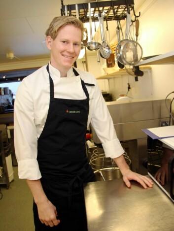 Dennis Liljebakk er ny kjøkkensjef på Opaker Gård. (Foto: Morten Holt)