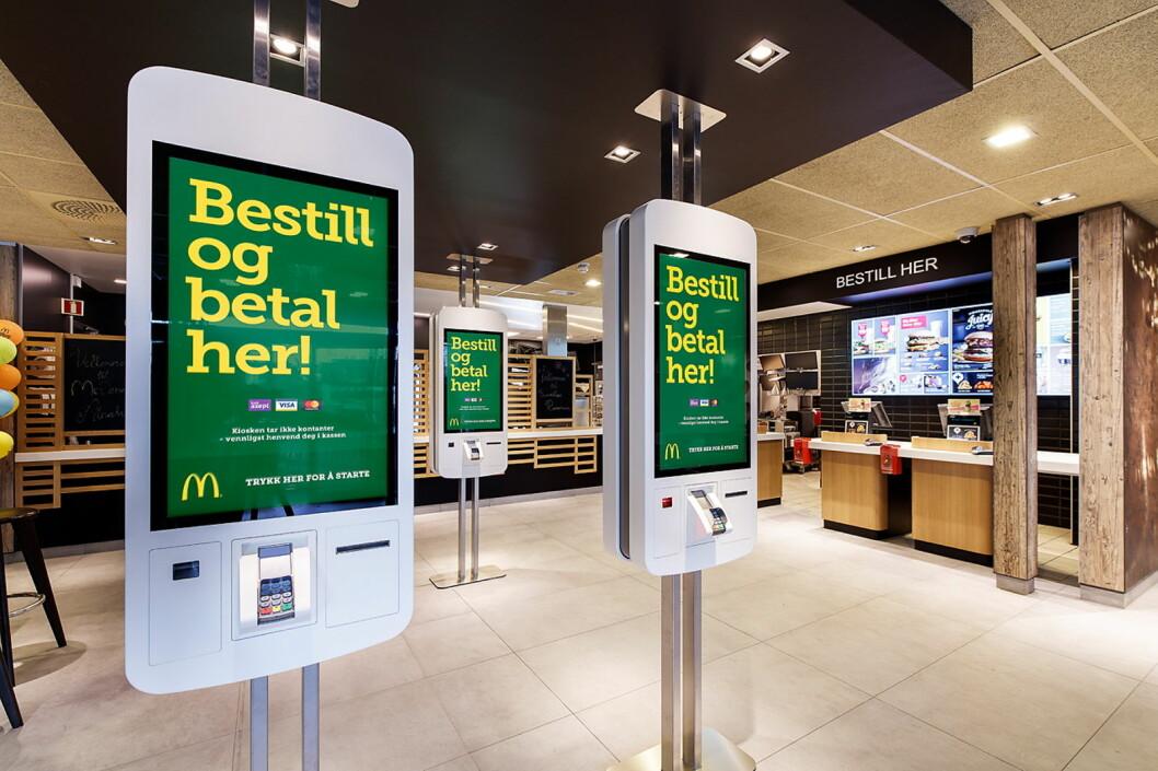Bestillingskiosker er på plass i «fremtidens restaurant». (Foto: McDonald's Sola)