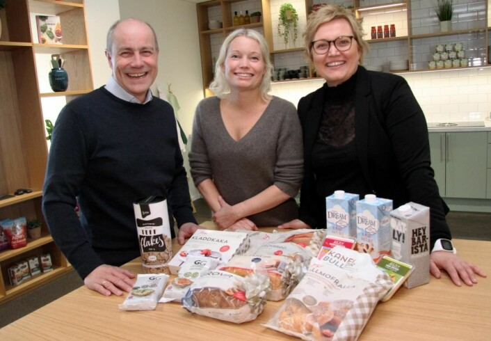 Thor Morten Jacobsen (fra venstre), Christine Bugge Jensen og Sissel Bjørk Dahl er sentrale personer i Jensen & Cos nye satsing mot storkjøkkenmarkedet. (Foto: Morten Holt)