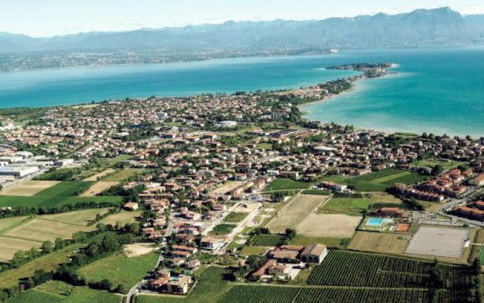 Vinområdet ligger sør for Gardasjøen. (Foto: Interbrands)