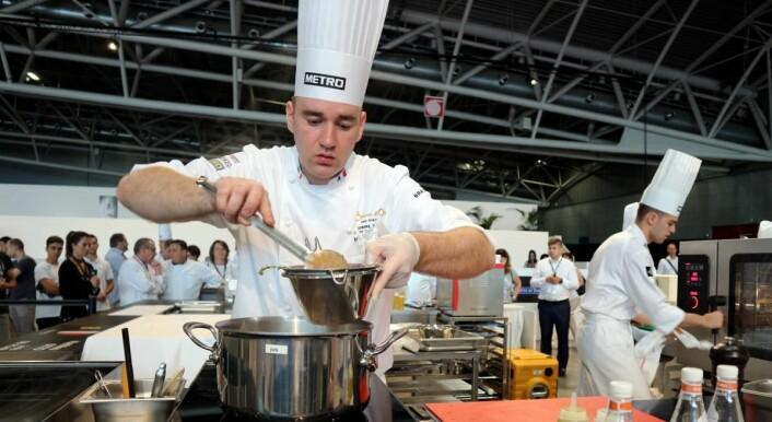 Frankrike med kokk Matthieu Otto er i aksjon i dag, og blant seierskandidatene i konkurransen. (Foto: Heidi Fjelland)