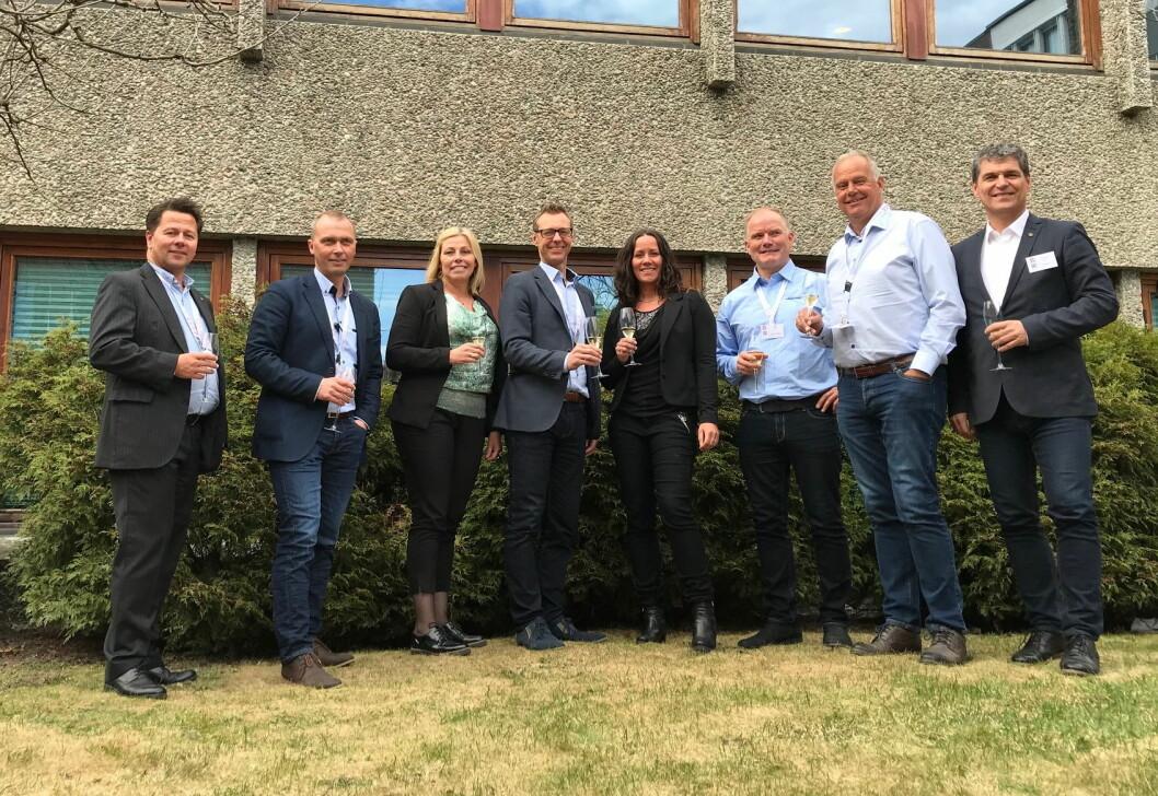 Her er styret sammen med daglig leder i BFSN, Joe Harald Strand (til venstre). Styreleder Brede Hemma er nummer to fra venstre. (Foto: BFSN)