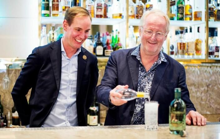 Filip Åbom og Eyvind Hellstrøm. (Foto: Moestue Grape Selections)
