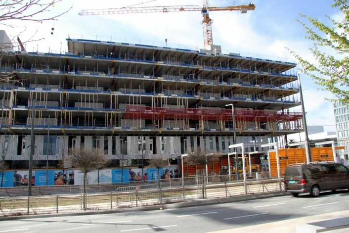 Byggingen av Clarion Hotel Oslo i Bjørvika er godt i gang. (Foto: Morten Holt)