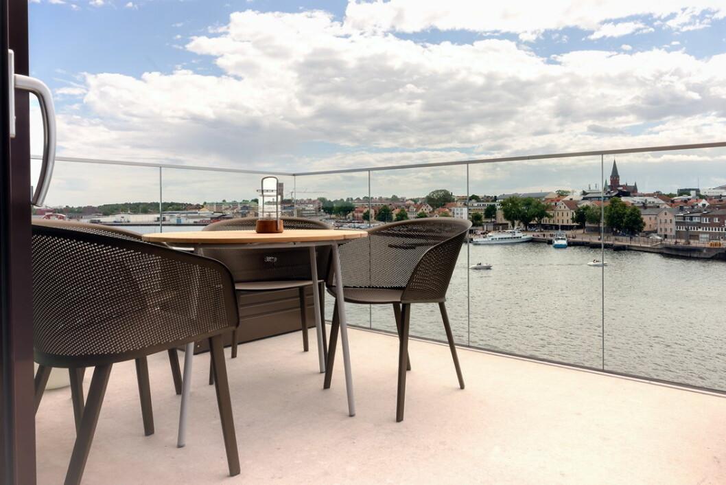 Utsikt fra balkongen til Mamma Mia-suiten. (Foto: Best Western Hotels & Resorts)