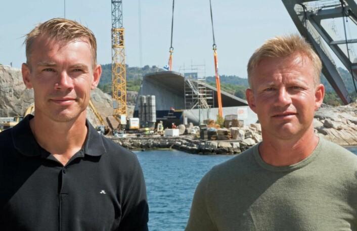 Stig (til venstre) og Gaute Ubostad puster lettet ut. Under er senket, og åpner for de første middagsgjestene i mars. (Foto: Georg Mathisen)
