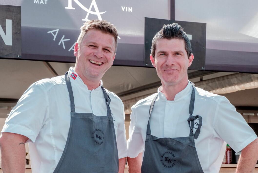 Espen Vesterdal Larsen (til venstre) og Jostein Medhus eier nå alle aksjene i Kulinarisk Akademi. (Foto: Morten Sjøvik)