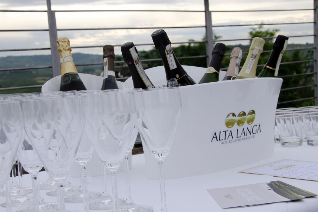 Fra lanseringen av en Alta Langa-bar i Piemonte i juni 2018. (Foto: Morten Holt)