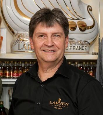 Tor Ansgar Bakken driver Larsen Collectors Club. (Foto: Larsen Cognac/Altia)