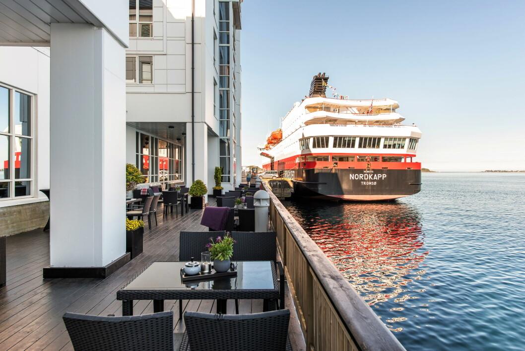 Quality Hotel Ålesund ligger helt nede ved havet. (Foto: Quality Hotel)