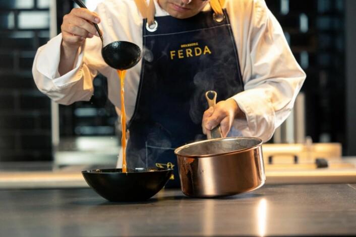 Brasserie Ferda dyrker de lokale heltene – bønder, fiskere og ysterier som strekker seg lenger for å tilby det råvarer på sitt beste. (Foto: Brasserieferda.no)
