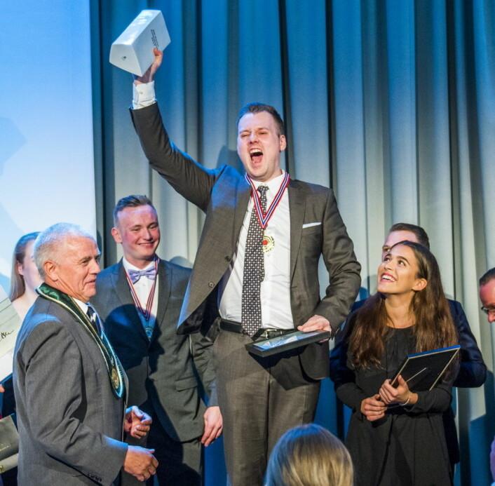 Live Krangnes Edvardsen (til høyre) var commis for NM-vinner Kjell Patrick Ørmen Johnsen i 2017. (Foto: NKL)
