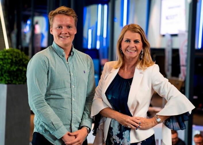 Hotelldirektør Ellen Arnstad sammen med med Christoffer Omberg. (Foto: Moxy)