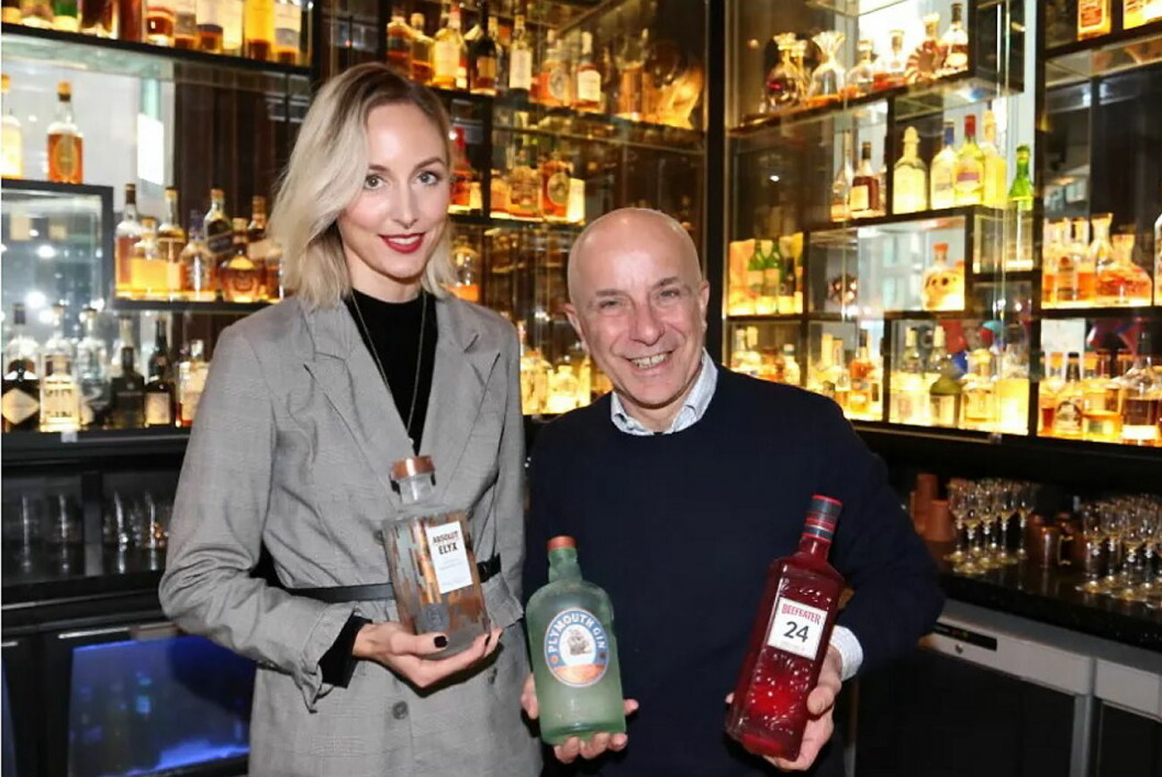 Bartender Alessandro Palazzi sammen med porteføljeansvarlig i Pernod Ricard, Tina Stangnes. (Foto: Stian Vasvik/Pernod Ricard)