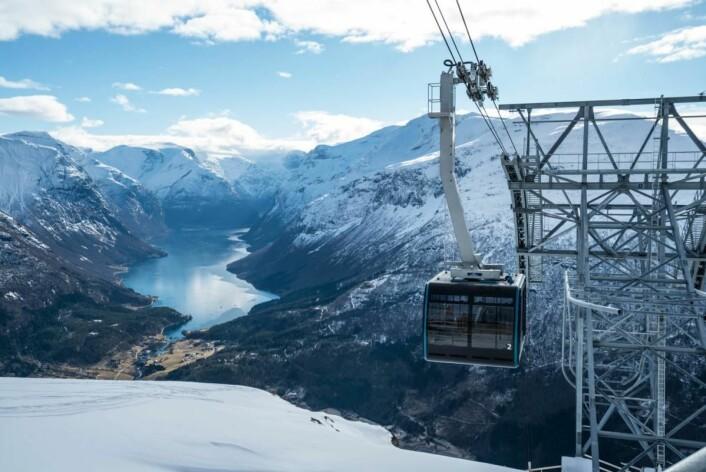 Loen Skylift er også blant de nominerte til Reiselivsprisen. (Foto: Bård Basberg)