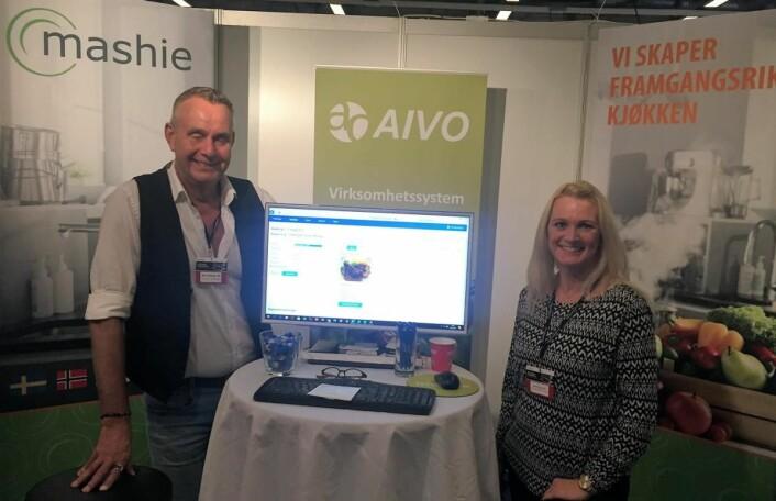 Gunnar Andreas Roten og Camilla Skøien Tillung fra Aivo Norge AS. (Foto: Arne Dalseng)