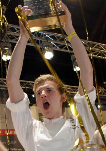 Håvard Werkland kan juble for gull i NM i kokkekunst 2018. Her fra Årets kokk 2015, da han var commis for Christopher Davidsen. (Foto: Morten Holt)