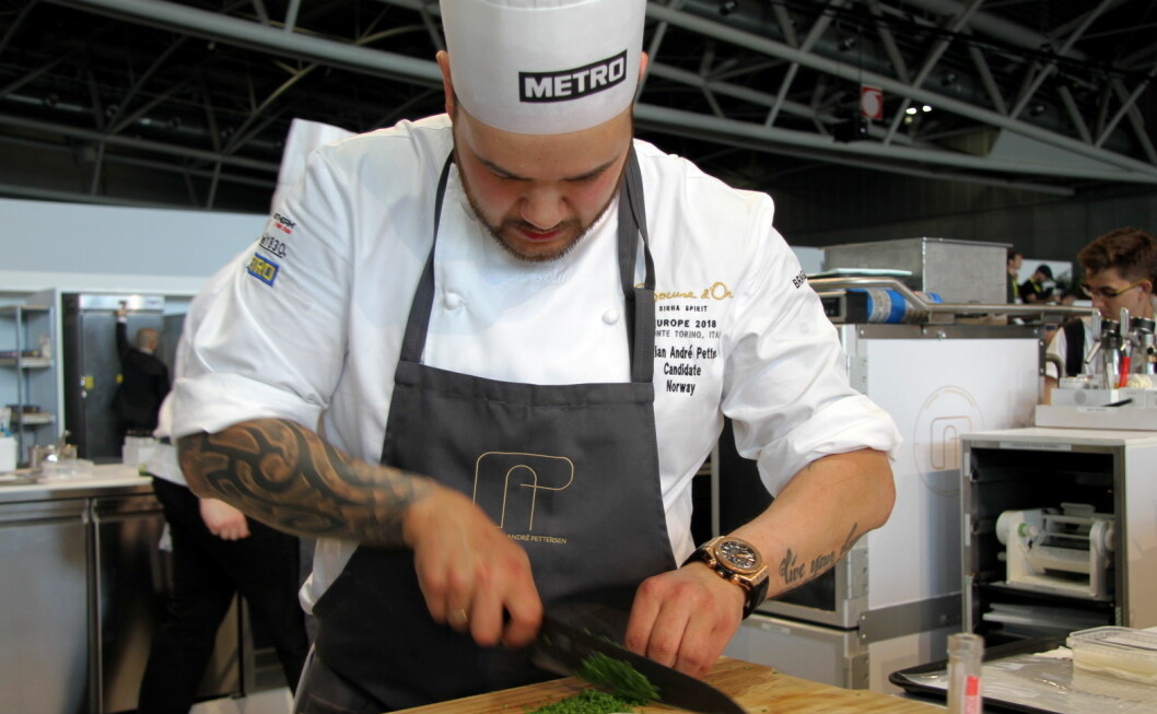 Christian A. Pettersen skal bryne seg på den franske retten chartreuse i Bocuse d'Or i Lyon, men kjøttet skal byttes ut med fire forskjellige skalldyr. (Foto: Morten Holt)