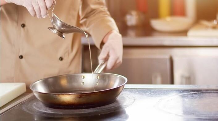Forskernefant en sammenheng mellom eksponering for stekeos og en form for bronkitt. (Illustrasjonsfoto: Colourbox.com)