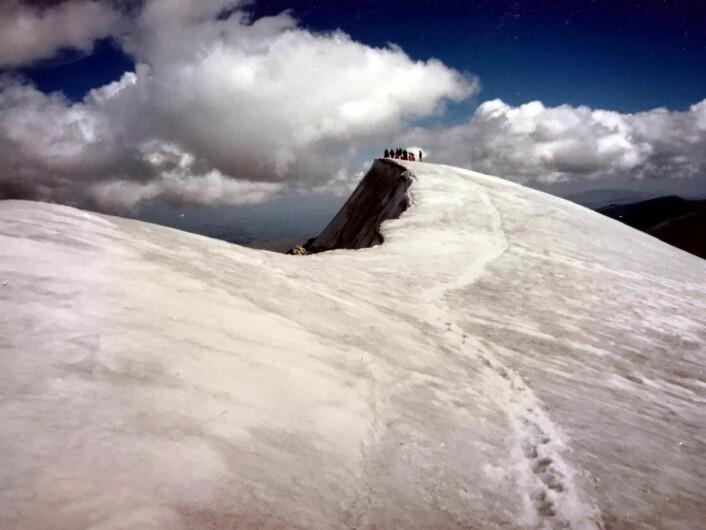 Også Glittertind, Norges nest høyeste fjelltopp, nås på en dagstur fra Spiterstulen. (Foto: Morten Holt)