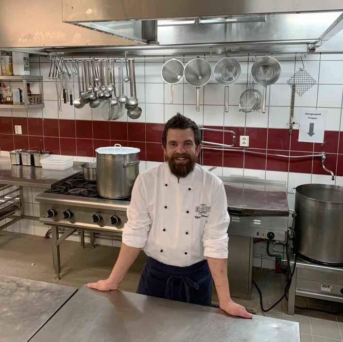 Etter sju år som assisterende kjøkkensjef, har nå Sigurd Bøen Sørensen tatt over kjøkkensjef-stillingen på Kleivstua. (Foto: Kleivstua)