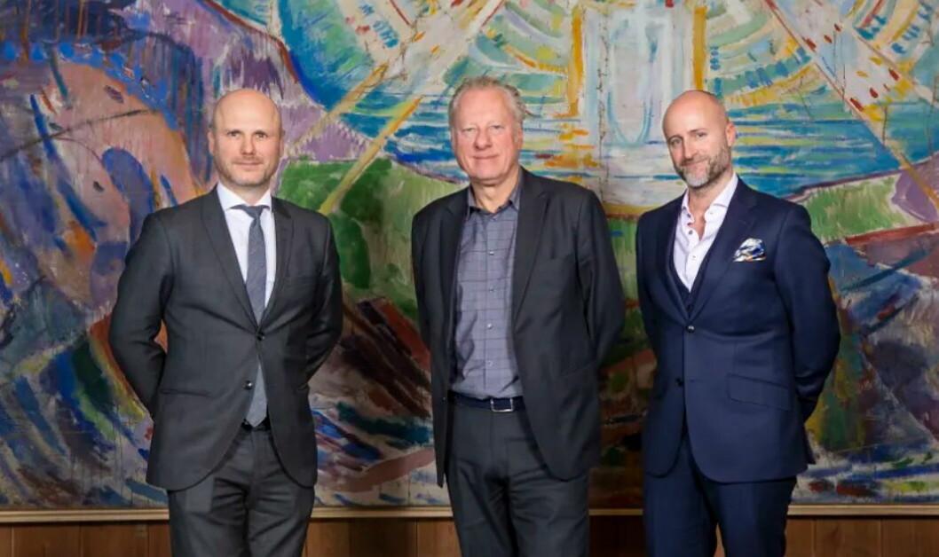 André Schreiner (direktør Clarion Hotel the Hub, fra venstre) Stein Olav Henrichsen (direktør ved Munchmuseet) og Robert Holan (direktør Clarion Hotel Oslo). (Foto: Nordic Choice Hotels)