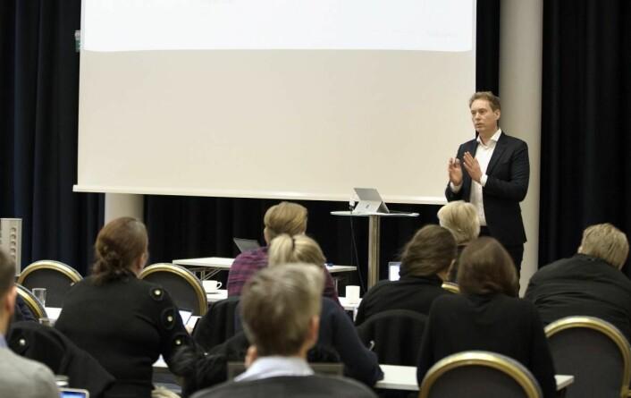 Lars-Kristian Leiro i Verdimat viser muligheter med overskuddsmat. (Foto: Stine Østby)