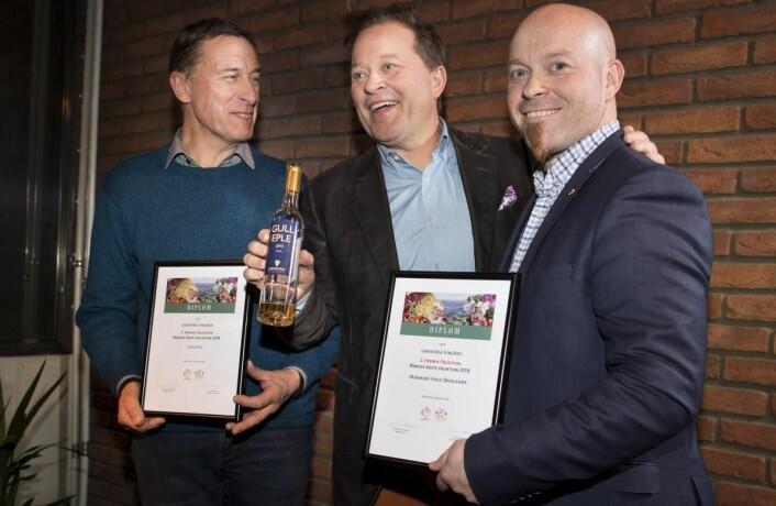 Handverkcider med bær fra Balholm vant kategorien fruktvin, men Lerkekåsa Vingård sikret både andre- og tredjeplassen. (Foto: Fredrik Solstad)