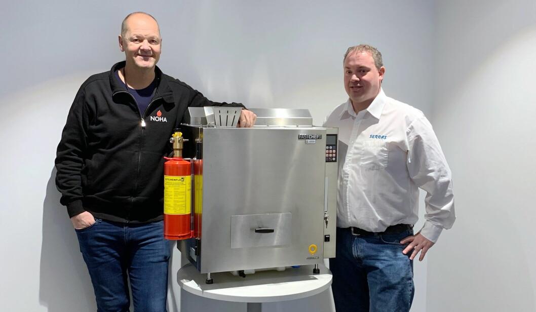 Geir Arne Sjøenden (til høyre) hos Sergas AS. (Foto: Sergas AS)